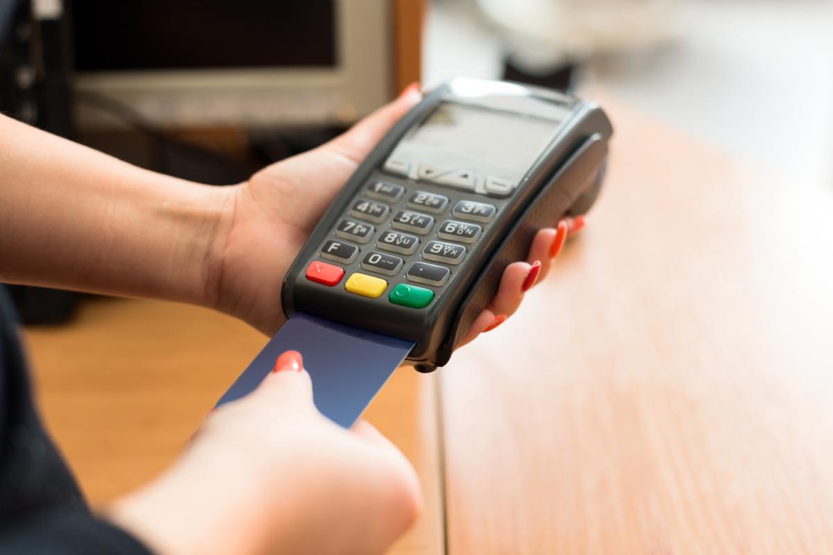 Plafond de carte bancaire les limites d 39 utilisation - Plafond carte maestro credit agricole ...