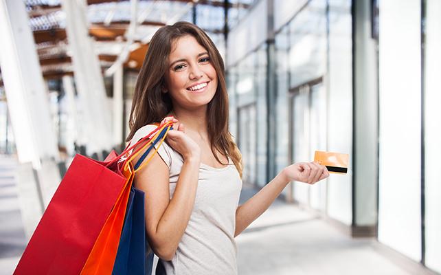 carte bancaire 16 ans Carte bancaire à 16 ans : quelles possibilités pour les jeunes ?