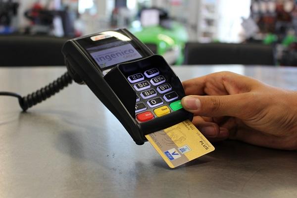 Carte V Pay - où trouver cette carte bancaire et comment l'obtenir