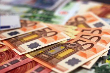 money-1005477_1280
