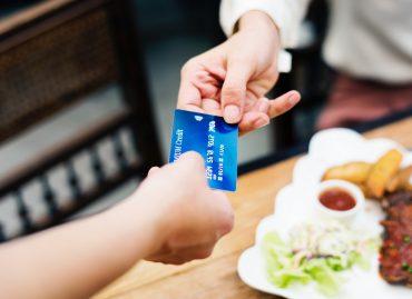 banking-bill-breakfast-1332191