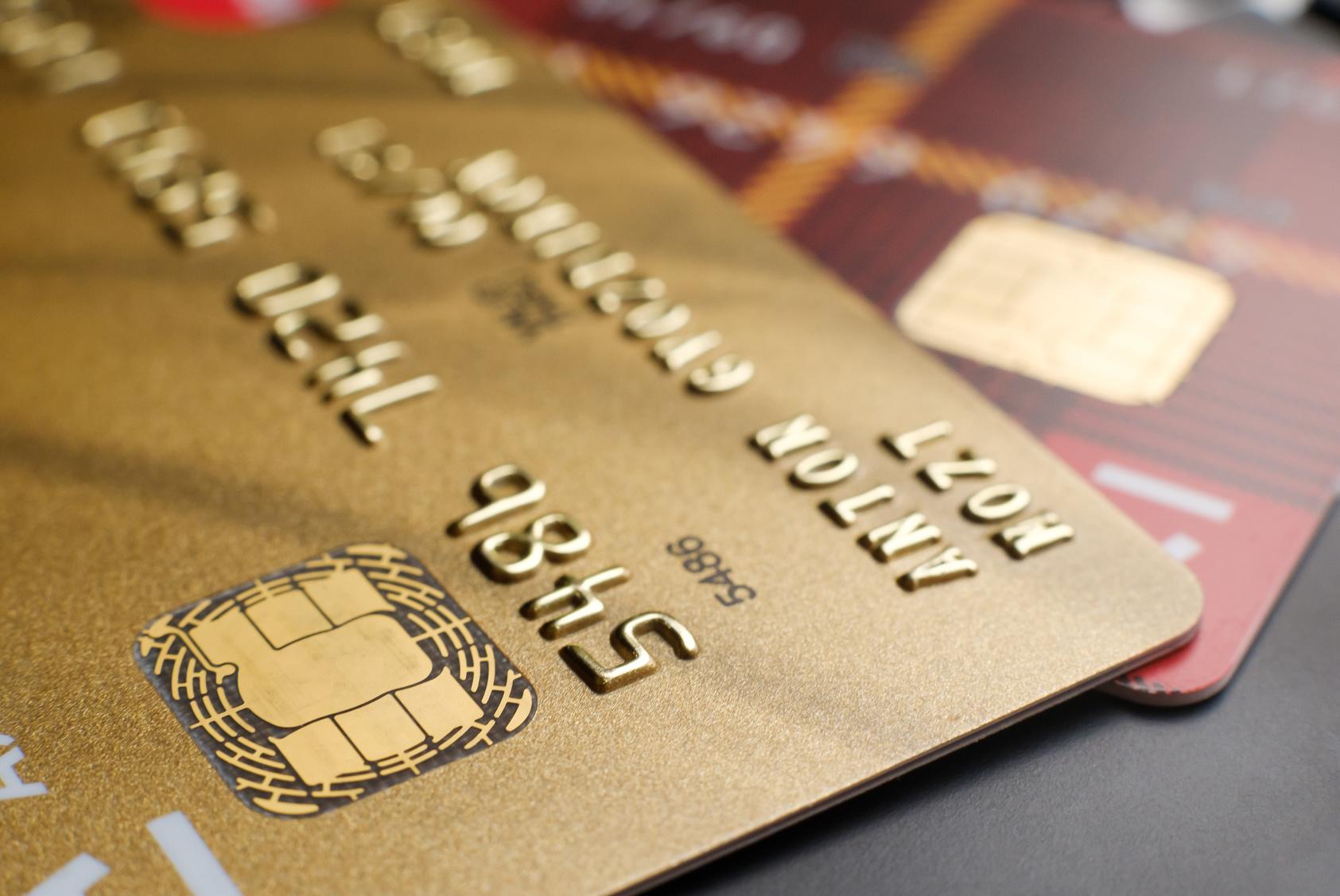 Carte American Express Gold Societe Generale.Gold Mastercard Ou Visa Premier Quelle Carte Haut De Gamme Choisir