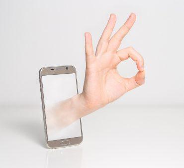 fingers-1999781_1280